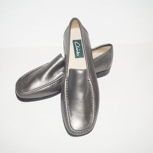 Clarks Leather Slip On Loafers Pewter Gray Silver